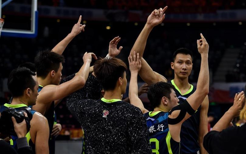 易建联29+11 广东胜深圳时隔四年重返总决赛