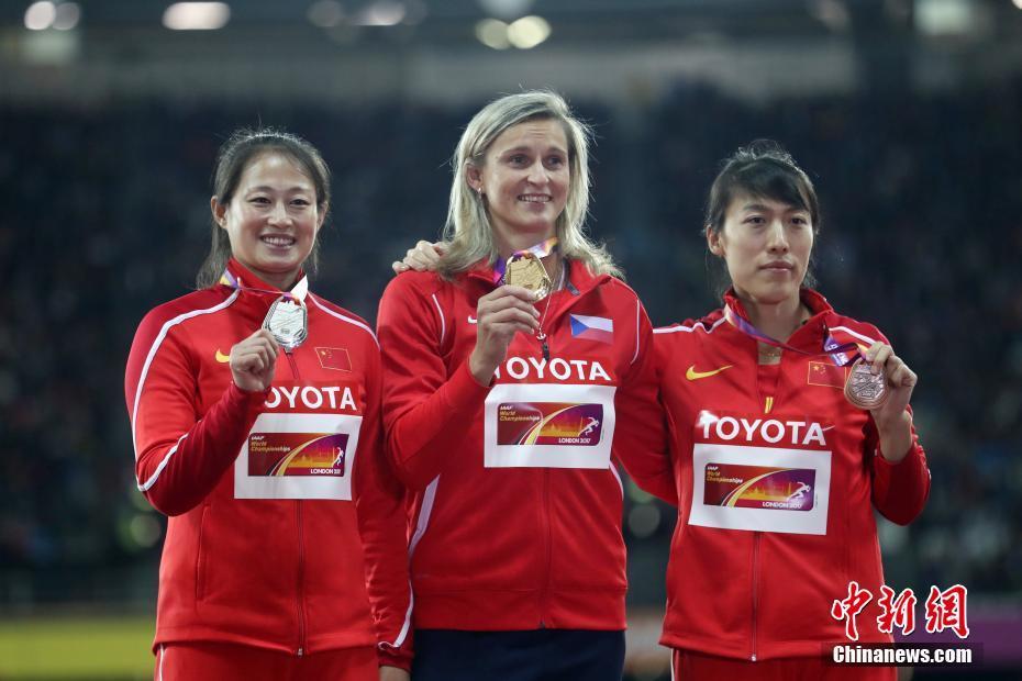伦敦田径世锦赛 女子标枪赛场为中国队斩获一银一铜