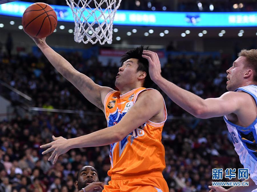 (体育)(1)篮球——CBA季后赛:上海哔哩哔哩胜北京首钢