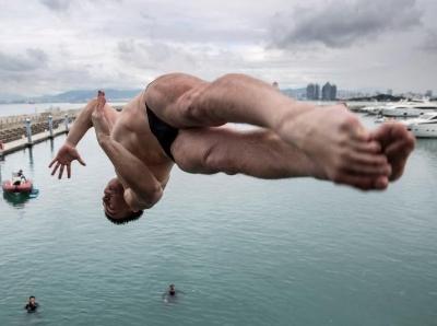 2018三亚国际海上极限跳水大师赛落幕