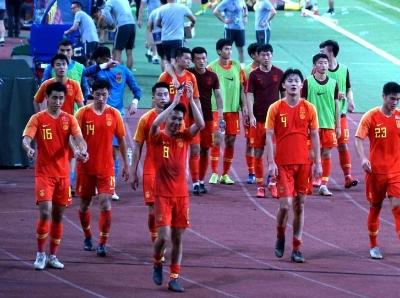 """中国男足国奥队险平马来西亚过""""冲奥""""首关"""
