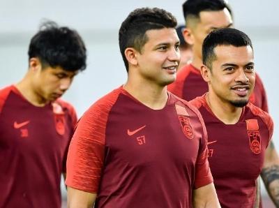 中国国家男子足球队在广州进行集训