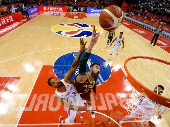 篮球世界杯|L组:澳大利亚力克法国夺小组头名