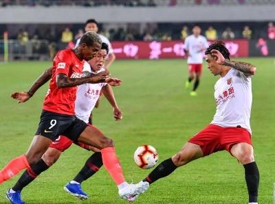 2019中超联赛:广州恒大淘宝2比0战胜上海上港