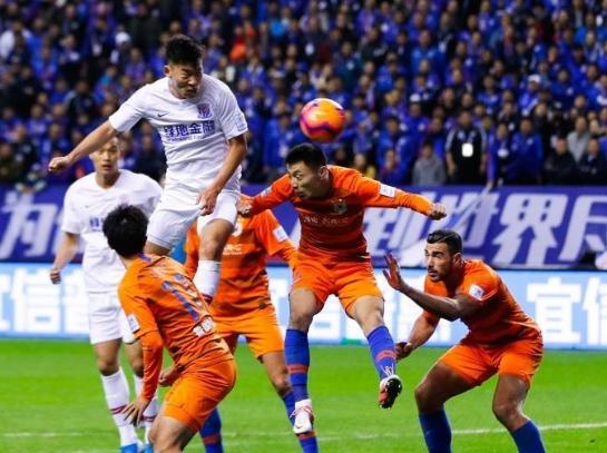足协杯决赛 上海申花主场击败山东鲁能夺冠